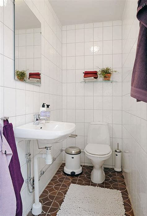 Ideas For A Small Bathroom In An Apartment by 17 Delightful Small Bathroom Design Ideas
