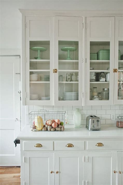 white kitchen cabinets with glass 157 best images about glass cabinets on 1811