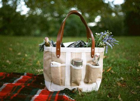 tote worthy garden bag gardenista