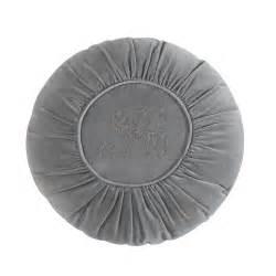 canape de couleur coussin rond en velours gris d 45 cm alexandrine maisons