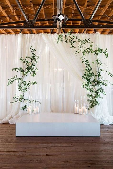 simple elegant wedding backdrop ideas with greenery and