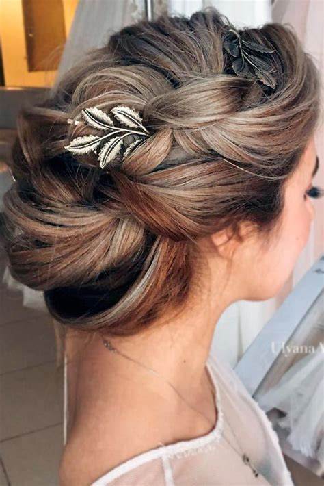 Bridesmaid Updo Hairstyles For Hair by Best 25 Hairstyles For Bridesmaids Ideas On