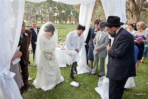 Jewish Wedding : Mel And Ronny's Traditional Jewish Wedding