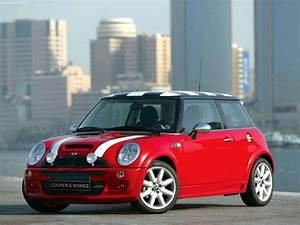 Mini Cooper 2003 : drivers generation cult driving perfection mini cooper s works ~ Farleysfitness.com Idées de Décoration