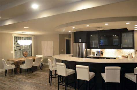 Kitchen Peninsula by 27 Gorgeous Kitchen Peninsula Ideas Pictures Designing