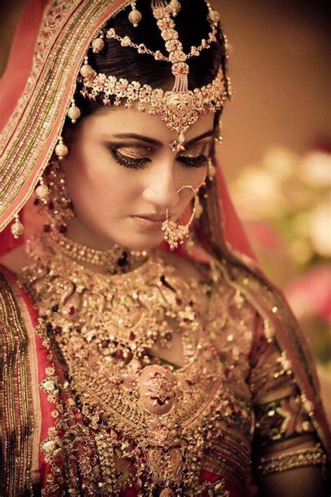 pin  indian dress  jewelry