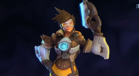 Watch Overwatch's Tracer In Action For When She Comes To ...