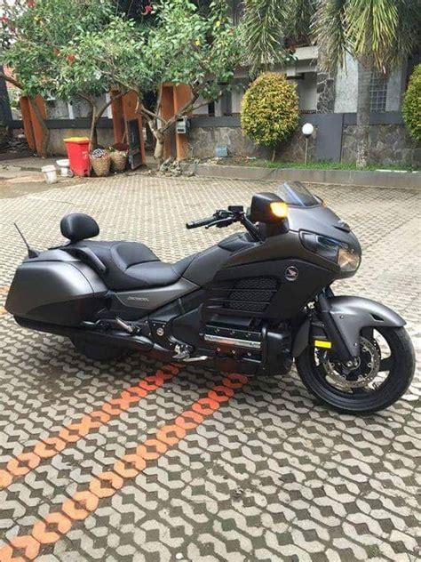 luxury touring motorcycles    luxury sports
