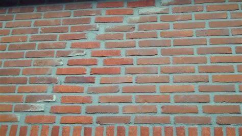 Schuur In Muur Repareren by Scheuren In Muur Herstellen Is Best Mogelijk Youtube