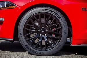 2018 Mustang Tires Borrow From Ford GT & Shelby GT350