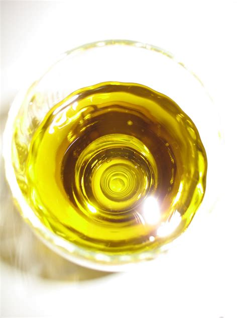 Homemade Hippie Hot Hair Oil   A Real Food Lover