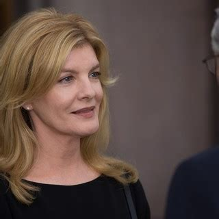 rene russo intern the intern 2015 pictures photo image and movie stills