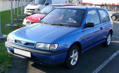 File:Nissan Sunny front 20071007.jpg - Wikimedia Commons