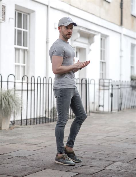 5 Ways To Wear Super Skinny Jeans For Men | Your Average Guy
