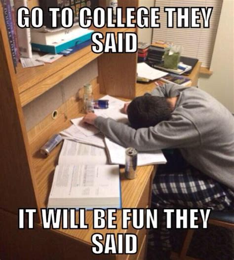 Studying For Finals Meme - college student on twitter quot me studying for finals http t co 4eqhenevho quot