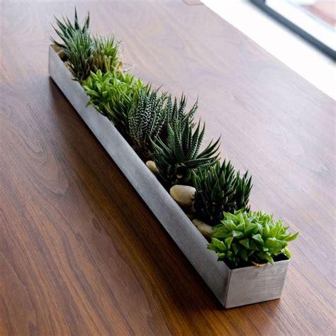 Outdoor Window Sill Plants by Best 25 Window Sill Decor Ideas On Window