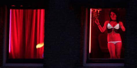 sursis partiel pour avoir forc 233 sa copine 224 se prostituer en vitrine la dh