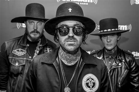 Yelawolf Row Your Boat Review by Yelawolf Conversations About