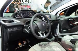 208 Roland Garros : peugeot 208 roland garros edition interior at the 2014 paris motor show indian autos blog ~ Gottalentnigeria.com Avis de Voitures