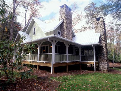 rustic cabin plans   sq ft rustic cabin plans  wrap  porch small farmhouse