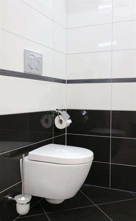 Badezimmer Fliesen Design Schwarz Weiß by Schwarz Wei 223 Ein Klassiker Badezimmer Bad Bath Fliesen