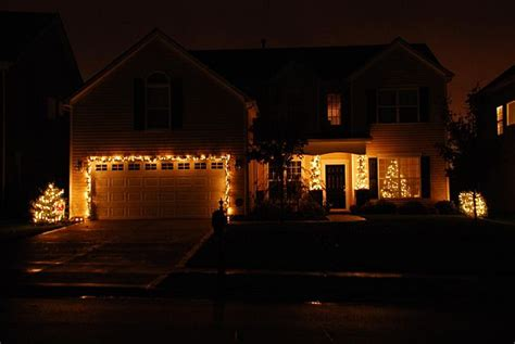 simple elegant christmas lights outside outdoor christmas decoration ideas