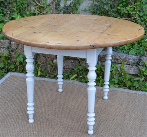 table cuisine largeur table ronde pour cuisine plateau en bois naturel