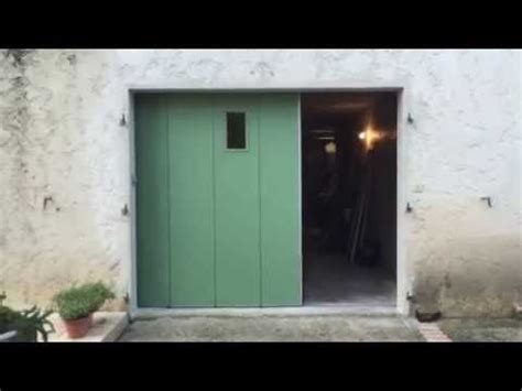 porte de garage sectionnelle lat 233 rale pos 233 e et motoris 233 e par apg acc 232 s portes de garage