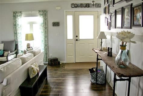 Entryway In Living Room Ideas