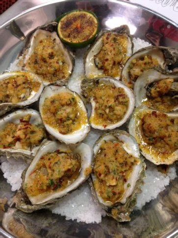 caracol mexican coastal kitchen caracol hugo ortega s new mexican seafood restaurant 5118