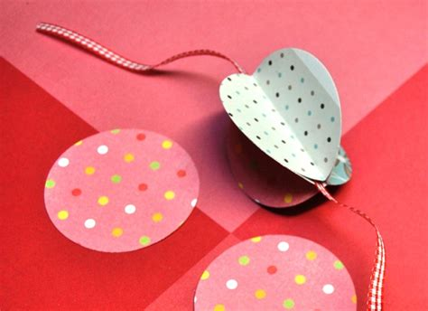 faire une guirlande en papier comment fabriquer une guirlande en papier pratique fr