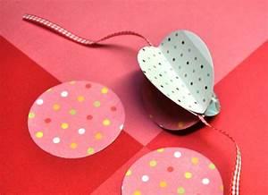 Faire Une Guirlande En Papier : comment fabriquer une guirlande en papier ~ Melissatoandfro.com Idées de Décoration