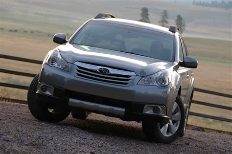 Subaru Recalls 2010-2011 Legacy, Outback For Windshield