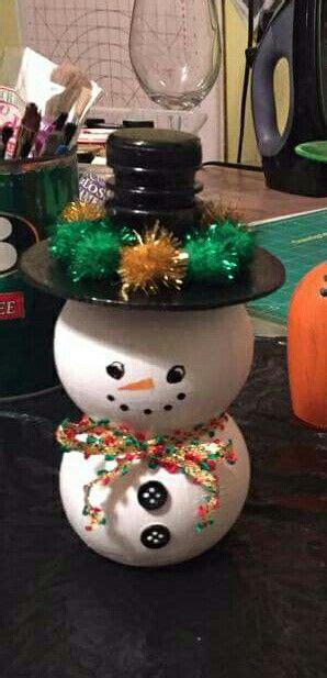 pom bottle snowman  easy  cute holiday crafts diy