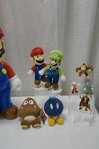 Toy Fair 2014 - Jakks Pacific Oversized Figures and ...  Toy