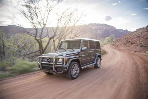 mercedes benz g class 2017 2017 mercedes benz g class features review the car