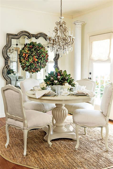 christmas   dining room southern living