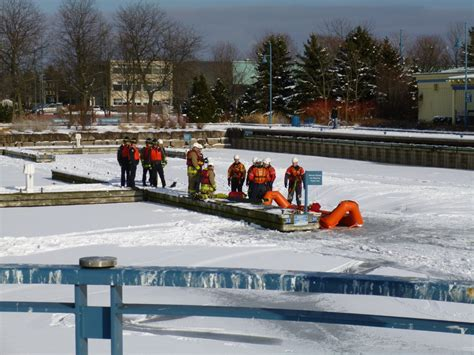 Public Boat Launch Mississauga by Snapshot Travel Blog Mississauga Fire Department Rescue