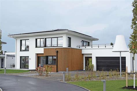 Moderne Baustile by Weberhaus Musterhaus In G 252 Nzburg Moderne Stadtvilla