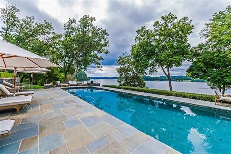 Lakefront Retreat by Secluded Tennessee Lakefront Retreat On Sale For 5 6