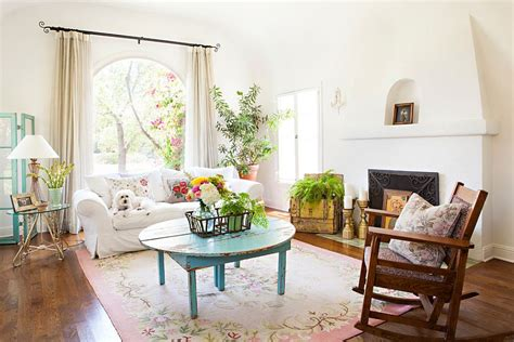 Make A White Living Room Chic & Unique : 50 Resourceful And Classy Shabby Chic Living Rooms