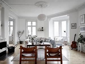 Wohnzimmer Scandi Style : old charming apartment with scandinavian style decor ~ Frokenaadalensverden.com Haus und Dekorationen