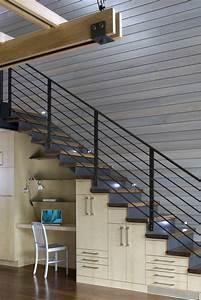 Bureau Sous Escalier : optimisation de l espace avec rangement garde robe ou ~ Farleysfitness.com Idées de Décoration