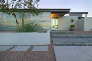 how to add modern elements to your landscape design With katzennetz balkon mit palmeras garden apartments
