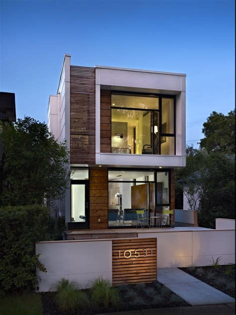 2540 House Front Design   intersiec.com