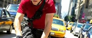 Premium Rush Movie Review & Film Summary (2012) | Roger Ebert