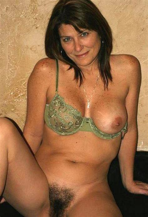 Freckled Brunette Wife Proudly Putting Her Bush On Display Milf Milfs Pictures Pictures