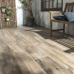 carrelage sol brun fonce effet bois heritage l20 x l120 With carrelage exterieur aspect bois