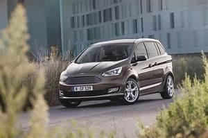 Ford C Max Prix : ford grand c max 2015 les prix de la version restyl e ford auto evasion forum auto ~ Gottalentnigeria.com Avis de Voitures