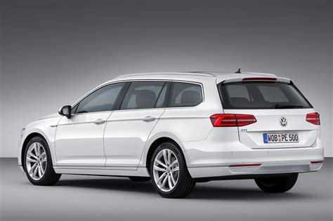 2019 Volkswagen Passat Estate  Car Photos Catalog 2018
